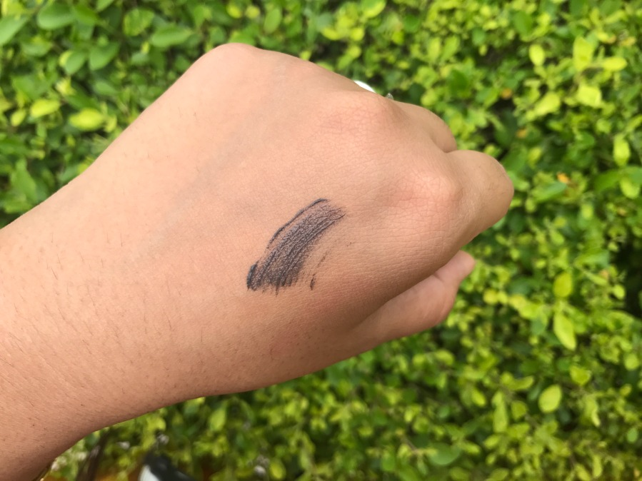 Essence Make Me Brow Eyebrow Gel Mascara Swatch
